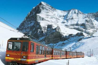 Europas höchster Bahnhof: Auf das Jungfraujoch geht es mit dem Zug bis 3454 Meter über dem Meer