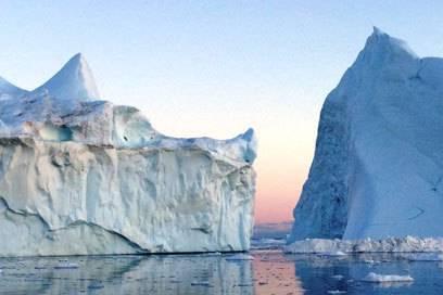 Ein einmaliges Erlebnis: Grönlands Eisberge aus der Nähe betrachten