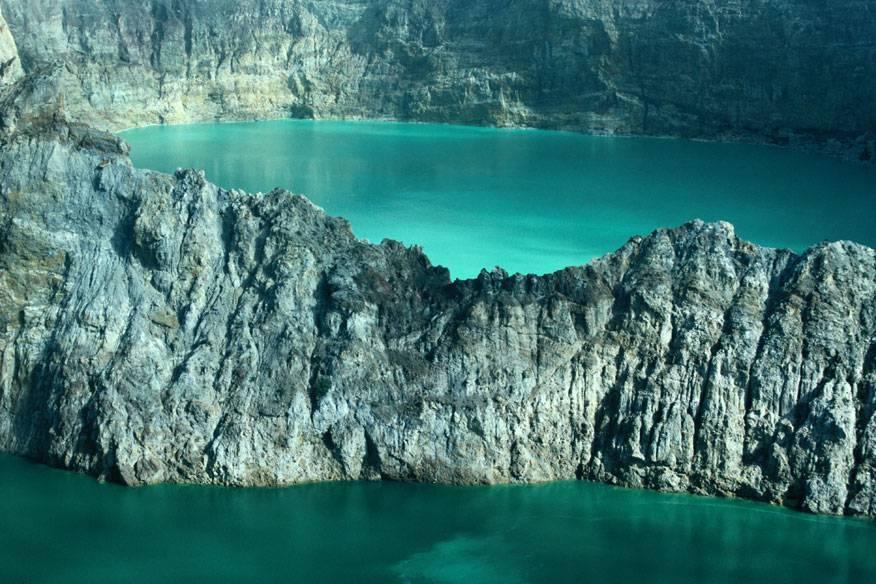 Seen auf dem Vulkan Kelimutu, Indonesien