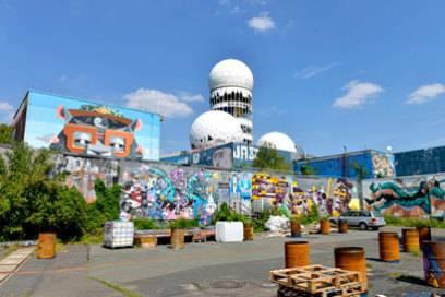 Der Teufelsberg ist nicht nur bei Touristen ein beliebtes Ausflugsziel, sondern auch bei Berlinern