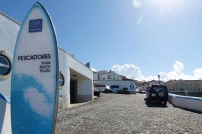 Am Praia dos Pescadores fing alles an: Hier stiegen 1967 die ersten Surfer ins Wasser