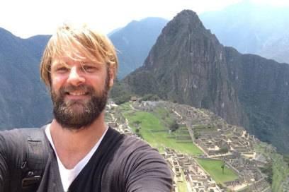 Der Weltenbummler in der Inka-Dorfruine