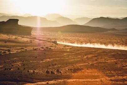 Auf Landstraßen sind die Jordanier mitunter recht rasant unterwegs