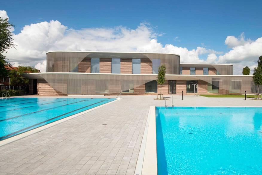 Der Schwimmbad