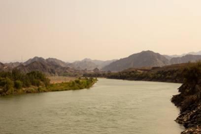 Der Orange River in Richtung Ai-Ais/Richtersveld Transfrontier Park