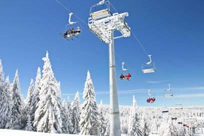 Die Lifte im serbischen Skigebiet Kopaonik erschließen rund 55 Pistenkilometer