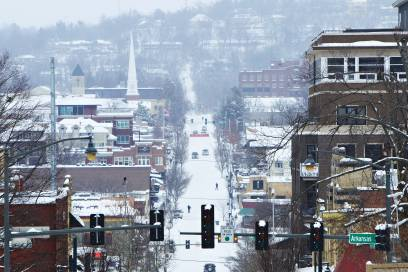Fayetteville, getaucht in eine weiße Schneelandschaft