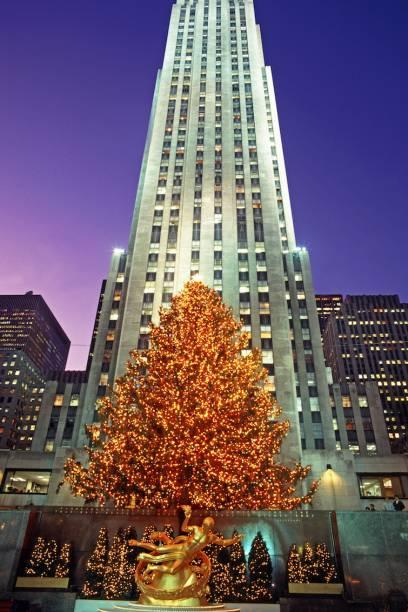 Das Rockefeller Center in New York City mit dem berühmten Weihnachtsbaum