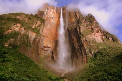 Der Salto Ángel ist eines der vielen Naturwunder Venezuelas