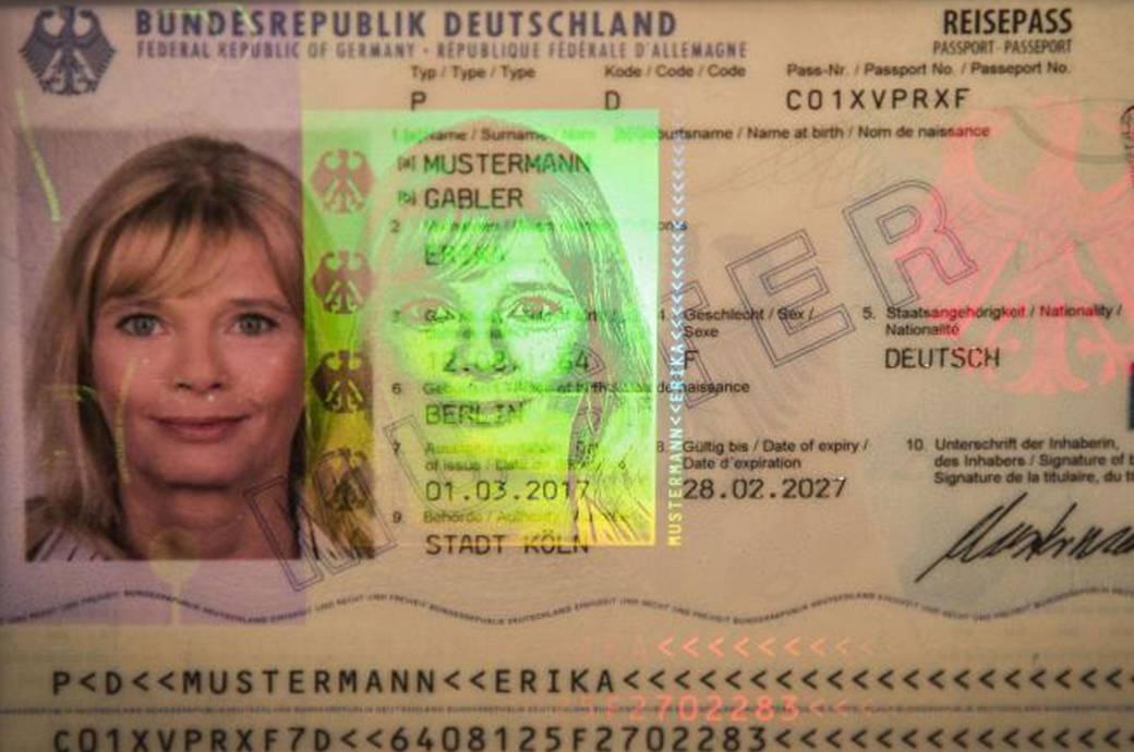 Frau Mustermann und der neue deutsche Reisepass – ab März wird er bei Neubeantragungen offiziell ausgegeben