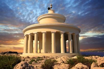Malerisch: der Fanari-Leuchtturm am Eingang des Hafens von Argostoli – der Hauptstadt von Kefalonia