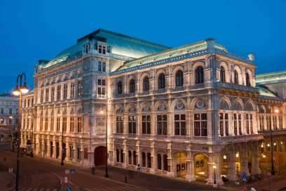 Einmal in der Wiener Oper einem Konzert lauschen: Für Musikfreunde aus aller Welt ein großer Traum