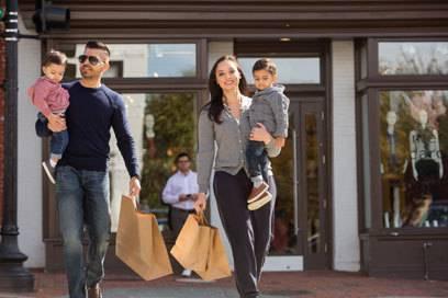 Dem Charme von Georgetowns Shoppingstraße kann sich kaum jemand entziehen. Auch ich kaufe hier ordentlich ein.