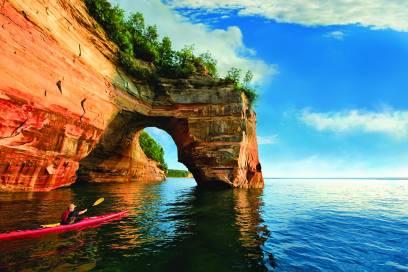 Paradies für Paddler: die Pictured Rocks im Lake Superior.
