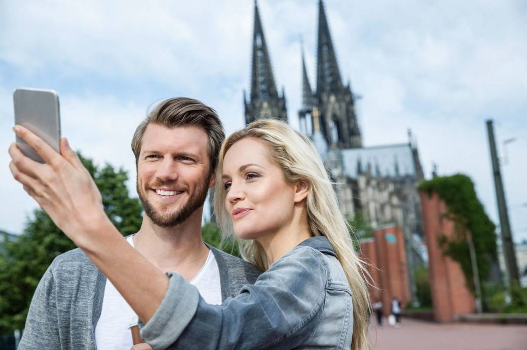 Darf ein Schnappschuss vor dem berühmten Kölner Dom einfach so öffentlich ins Netz gestellt werden?