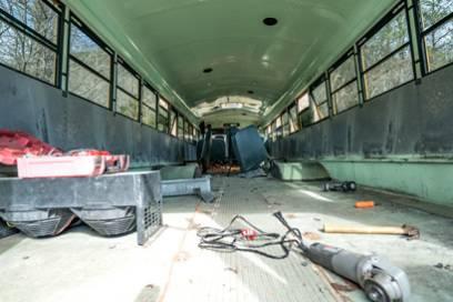 So sah der Bus während des Umbaus aus
