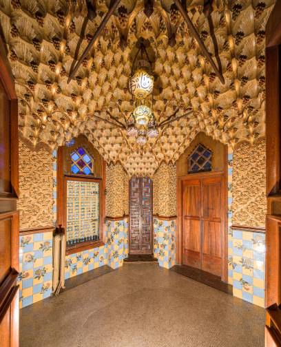 Die 6 Schonsten Gaudi Attraktionen In Barcelona Travelbook