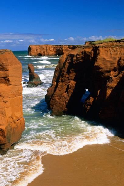 An den rauen Küsten der Magdalen Islands sind schon unzählige Schiffe gesunken