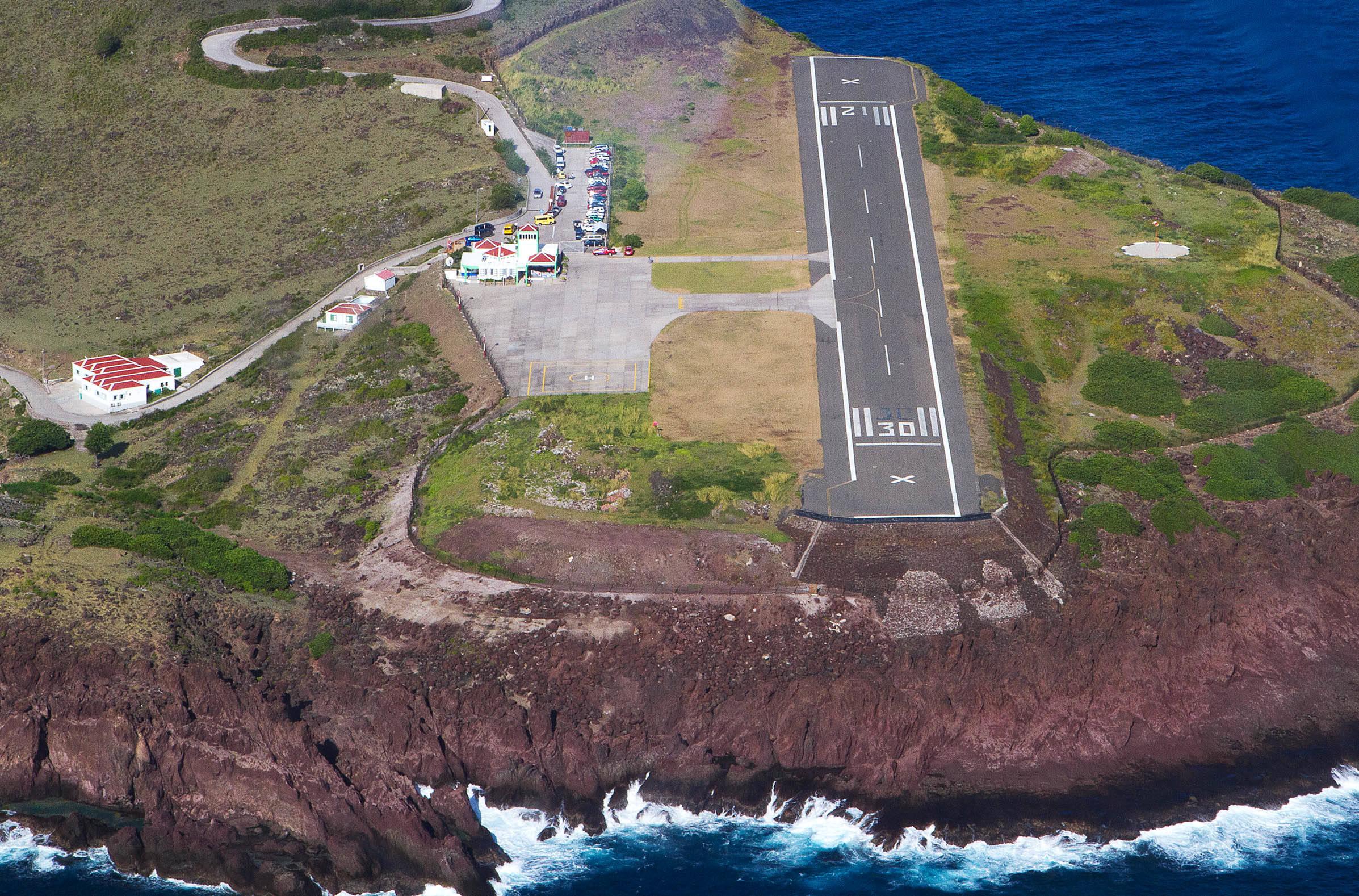 Flughafen Auf Saba Die K 252 Rzeste Landebahn Der Welt