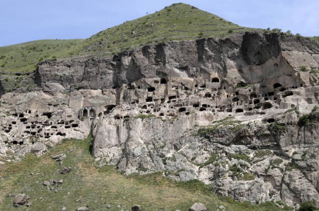 Die Stadt Wardsia wurde aus einem Berg heraus gemeißelt
