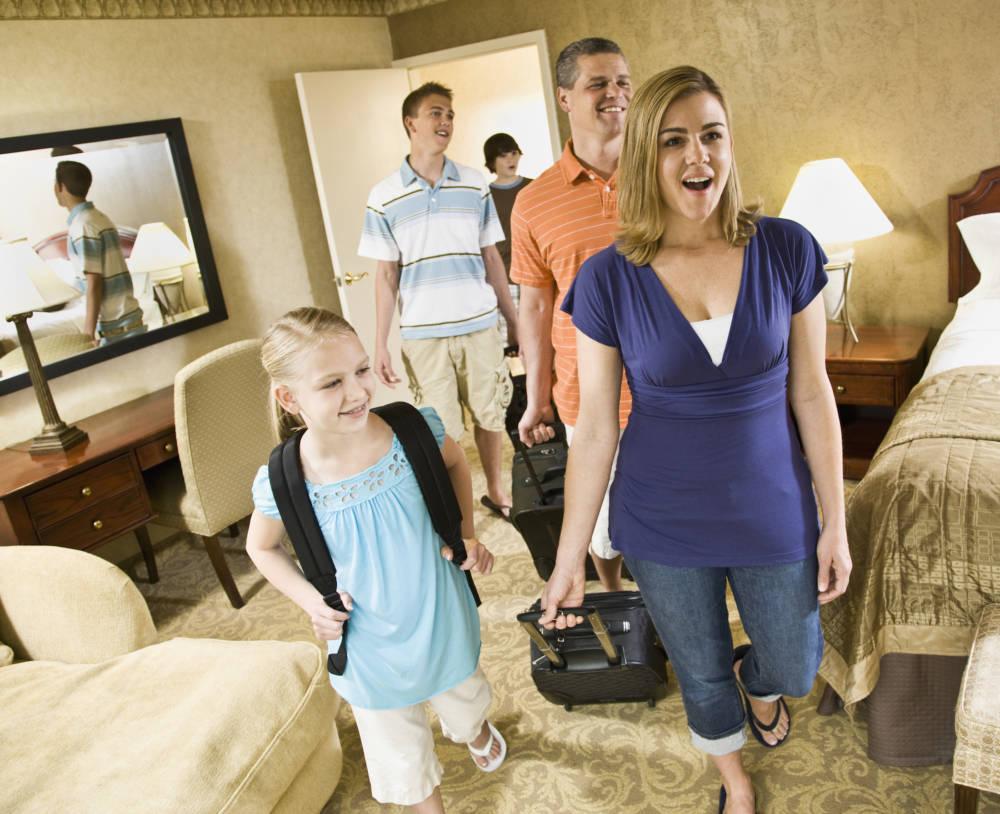 Familie im Hotel