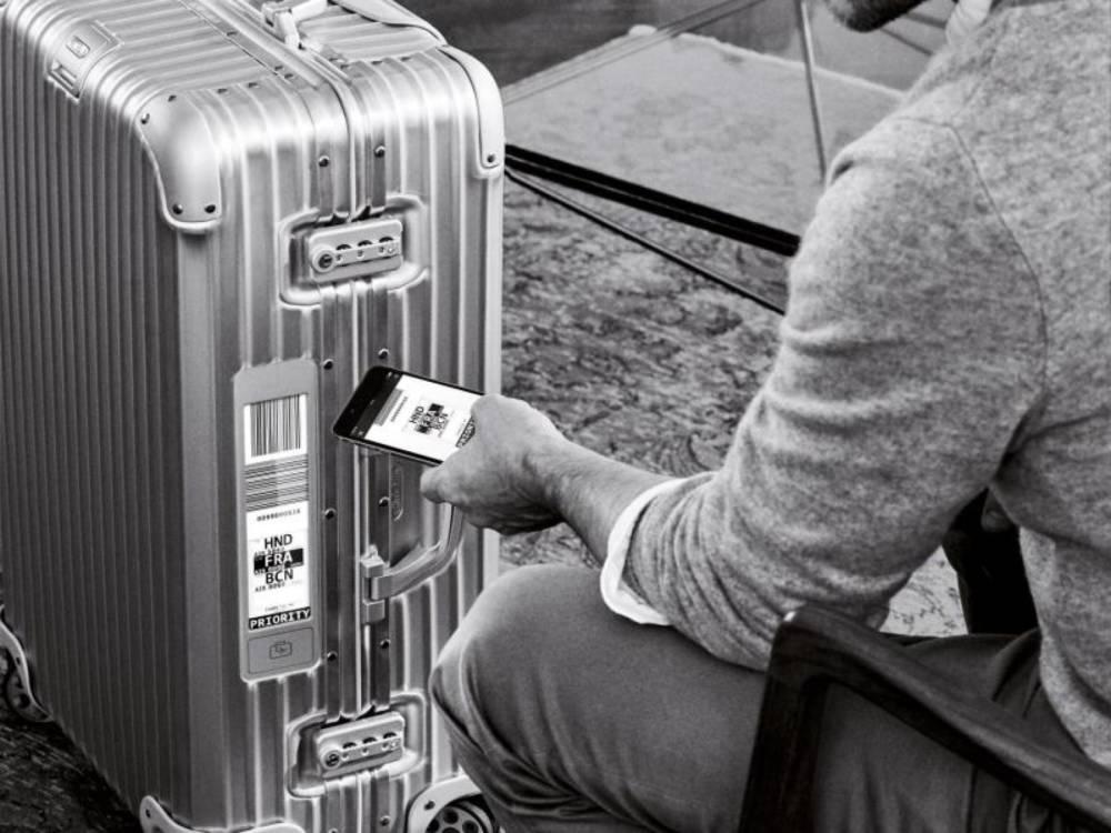 Rimowa-Koffer mit Electronic-Tag