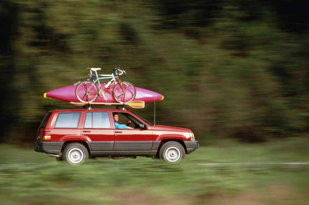 Auto, PKW; Abfahrt, Urlaub, Kanu