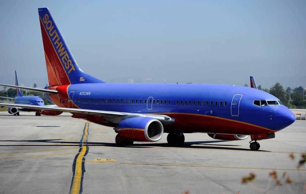 Ein bunter Flieger von Southwest Airlines