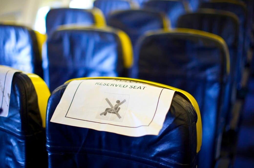 Wer mit einem Billigflieger unterwegs ist, hat beim Platz meistens keine Wahl