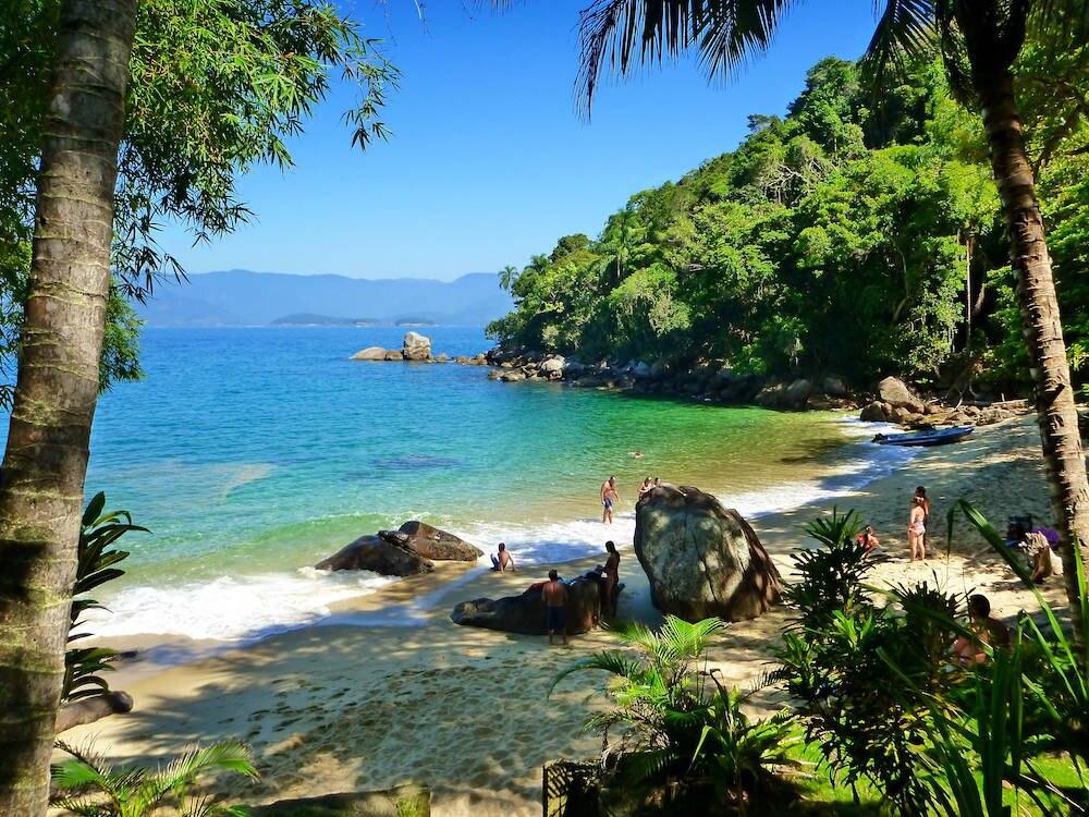 Eine Bucht auf der Kohl-Insel, der Ilha das Couves