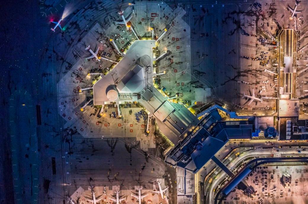 Flughafen, Airport