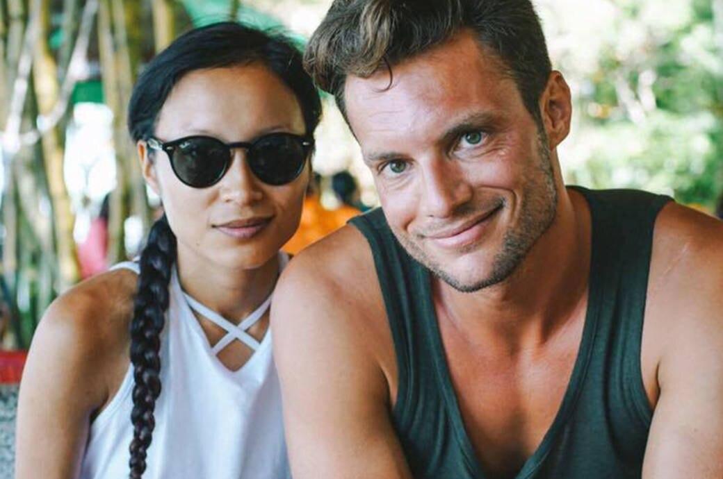 Kim und Micha im Café, junges hübsches paar, Vietnam