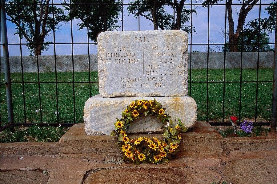 Der Grabstein von Billy the Kid in Fort Sumner