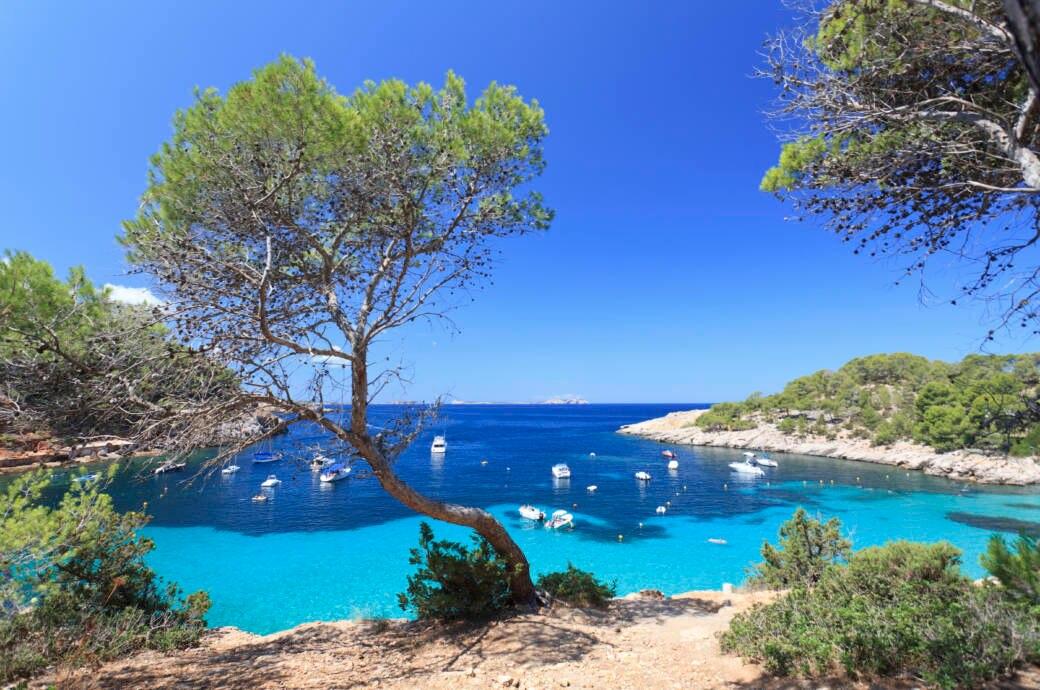 Cala Salada Beach auf Ibiza