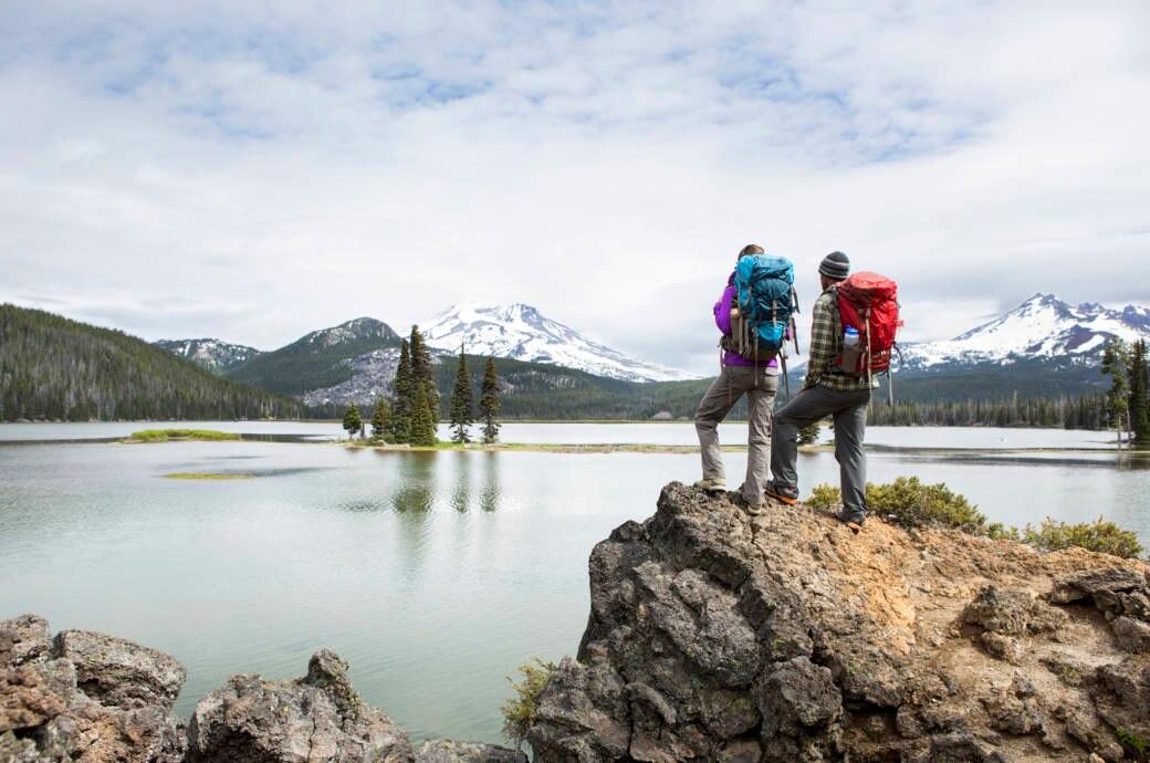 Trekking, Natur, Wandern, Pärchen geht wandern