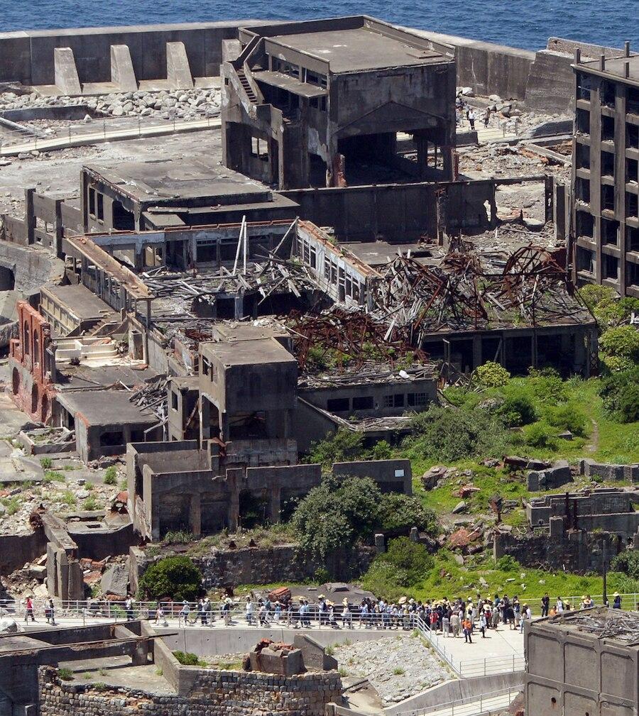 Die Ruinen von Hashima sind heute eine morbide Touristenattraktion
