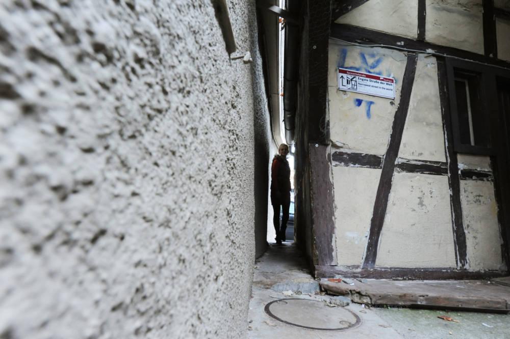 Bauch einziehen: 31 Zentimeter misst die Spreuerhofstraße in Reutlingen an ihrer engsten Stelle