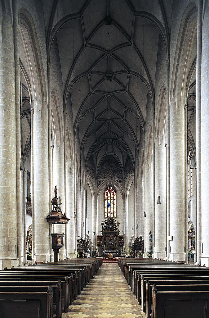 Das gotische Münster ist im 15. und 16. Jahrhundert erbaut worden