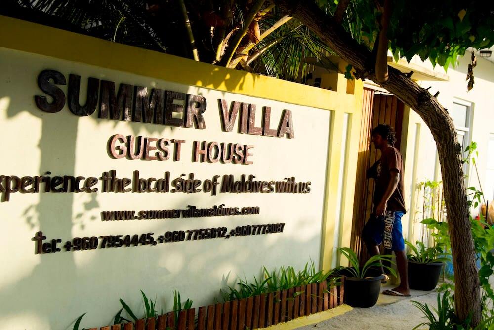 Gästehäuser: kein Luxus, dafür lernt man das echte Leben auf den Malediven kennen