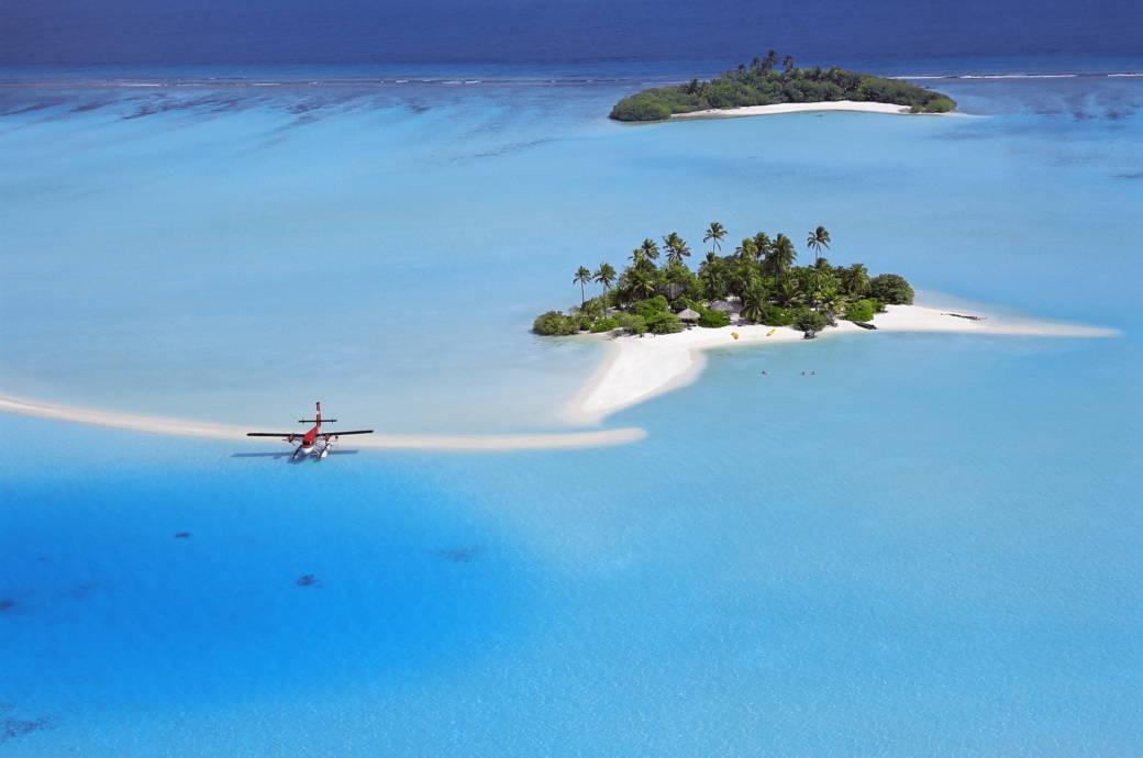 Die Malediven gelten als das Inselparadies schlechthin – eine Reise dorthin kann muss nicht immer so teuer sein, wie in manchen Reisekatalogen angegeben