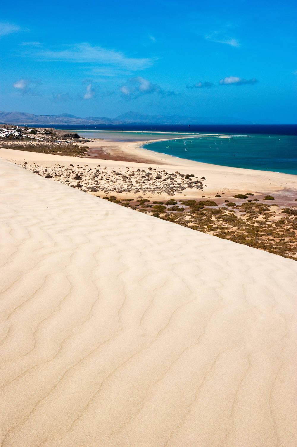 Kilometerlang sind die Strände auf Fuerteventura. Im Foto: die Halbinsel Jandía