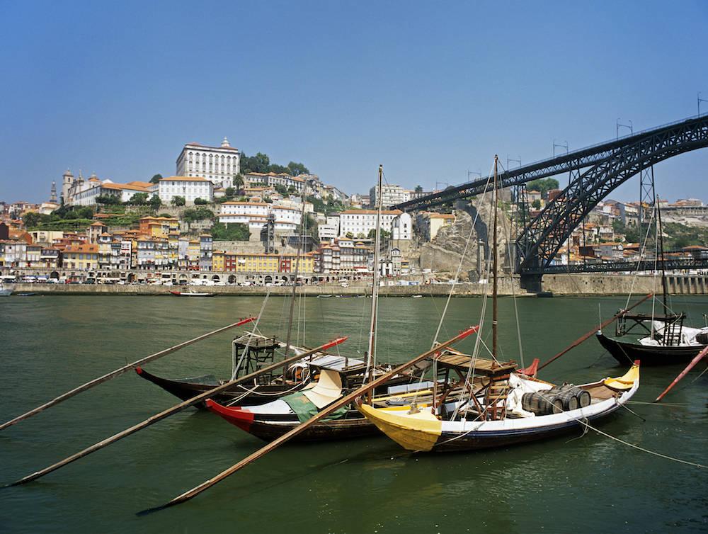 Rabelo-Boote auf dem Douro in Porto