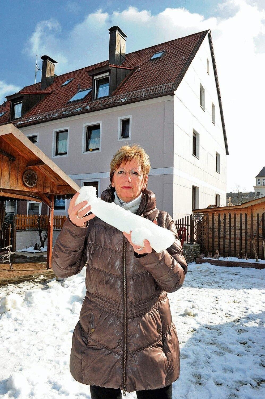 Erika Keil, Eisklumpen