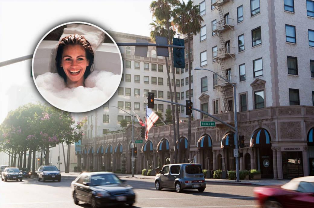 """Das """"Pretty Woman""""-Hotel ist das Beverly Wilshire Hotel, eine Luxusherberge in Beverly Hills. 1990, als der Film gedreht wurde, war es ein Haus der Regent Hotelgruppe, heute gehört es zu Four Seasons. Das Hotel liegt am Wilshire Boulevard, Ecke Rodeo Drive in Beverly Hills"""