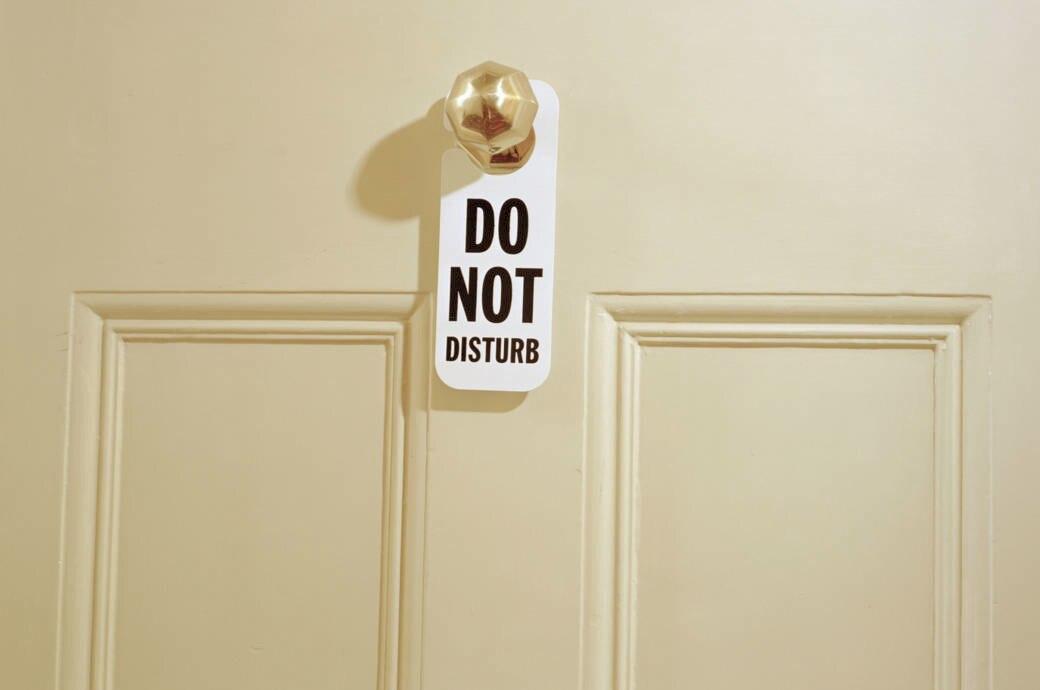 Bitte nicht stören, Schild, Hotelzimmer