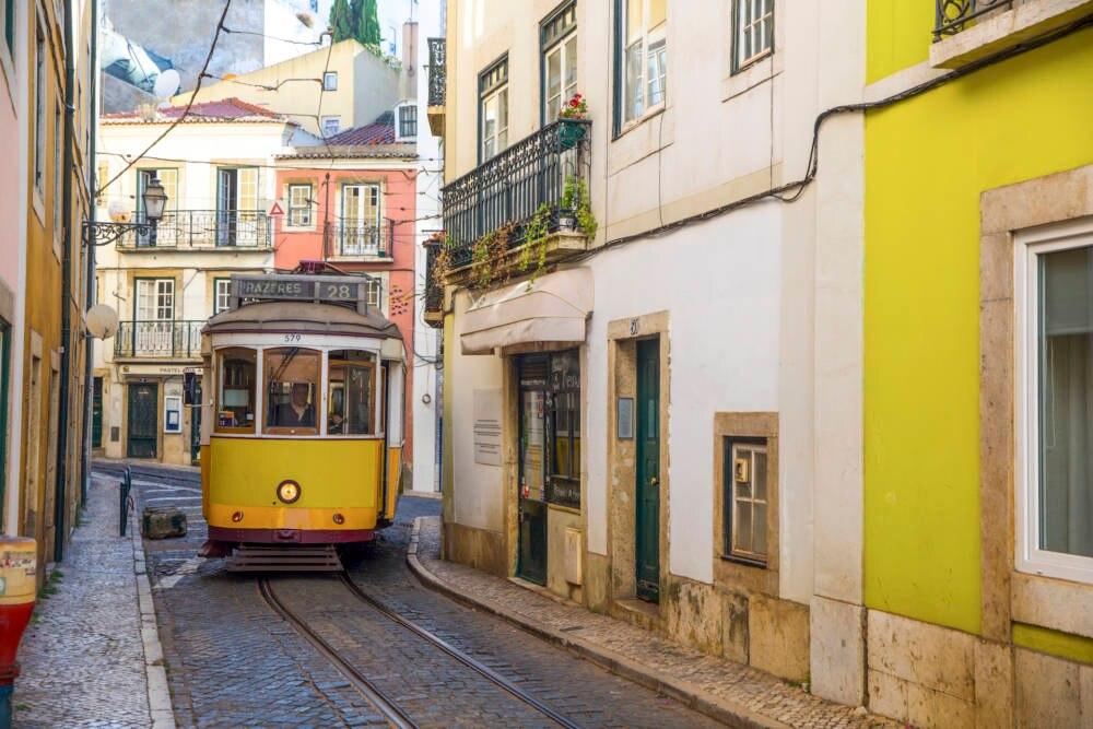 In Portugal gibt es eine Liste, in der alle zugelassen und verbotenen Namen der letzten drei Jahre aufgelistet sind.