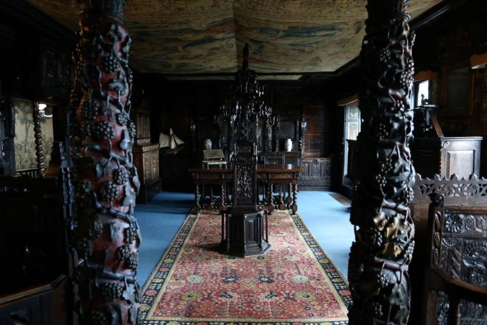 Das Hauteville House auf Guernsey war einst die Residenz von Victor Hugo - und wirkt heute stellenweise wie ein Kuriositätenkabinett