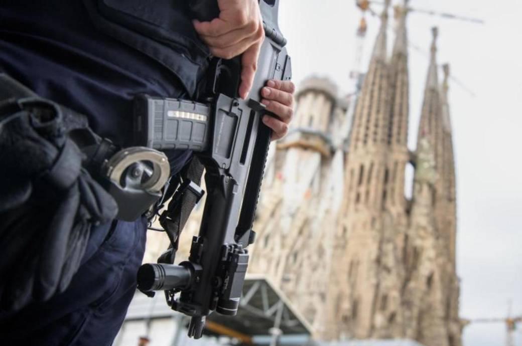 Barcelona, Terror, Polizist