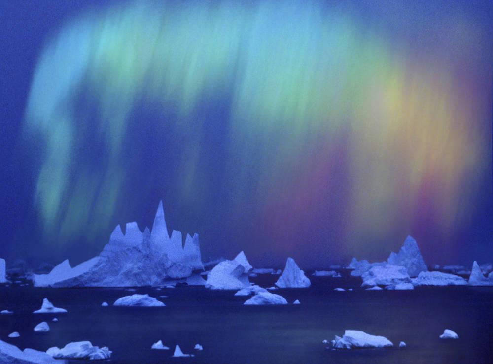 Geisterhafte Stimmung über der Antarktis – wer würde da nicht an Geschichten und Märchen glauben?