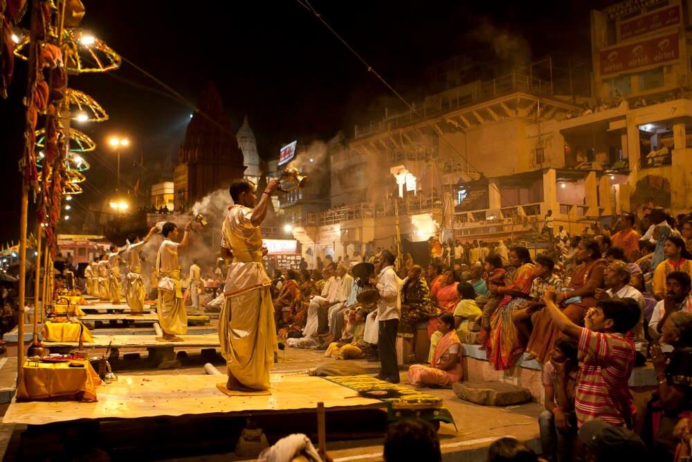 Die allabendliche Zeremonie zu Ehren der Götter ist der Höhepunkt jedes Tages in Varanasi